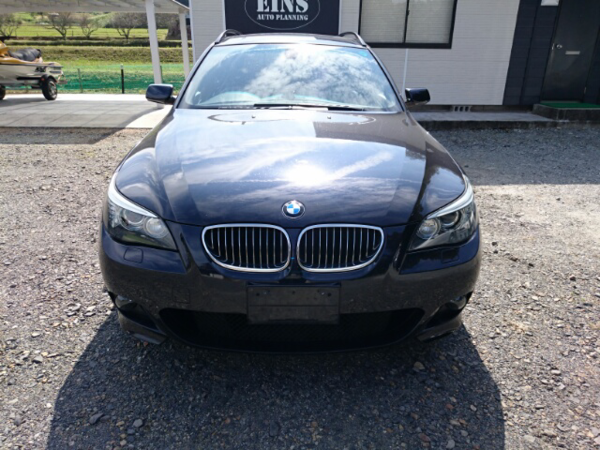 BMW525ツーリングのサムネイル